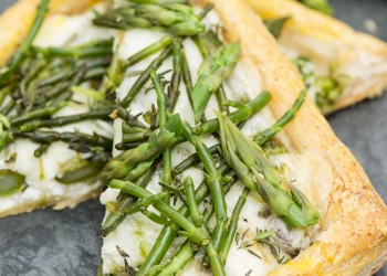 Asparagus and samphire tart