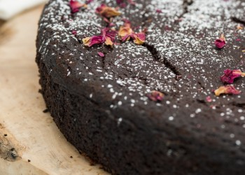 Aubergine cake